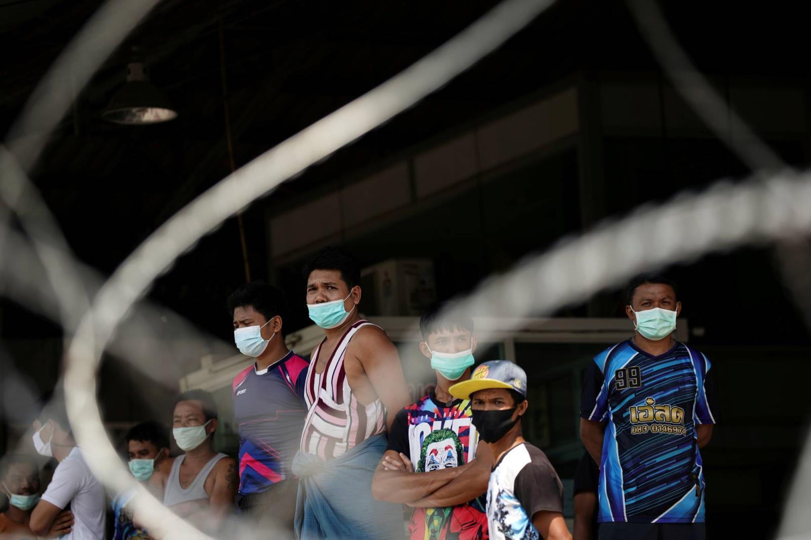 泰国为非法移民提供工作许可以遏制病毒